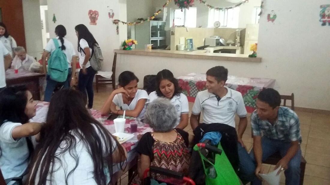 Universidad de colima for Asilos para ancianos